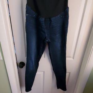 EUC Skinny Maternity Jeans, Size 8